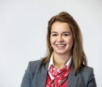 Seli Alliti - Mitarbeiterin in der AVIS Ziemann Autovermietung